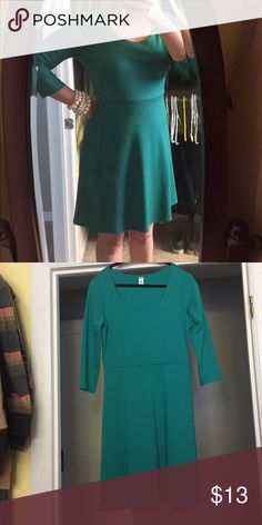 Versatile knit skater dress soft great w leggings Perfect for the holidays! Beautiful tealish-green old navy skater dress! Great for the minimalist or for anyone who loves simple style. It works for the office Christmas party with heels or at the farmer's market with some Uggs or Converse Chuck Taylors!  You can't go wrong. Size medium and like new condition Old Navy Dresses
