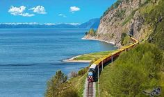 """رحلة الـ16 يومًا في قطار سيبريا تأخذك…: يمكن لرحلة إلى بحيرة بايكال أن تأخذك في اتجاه """"عكس الشيخوخة""""، وتجعلك تشعر أنك أصبحت أصغر بسبع سنوات…"""