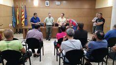 Salva la veu del Poble: El Ayuntamiento recibe los primeros trabajadores p...