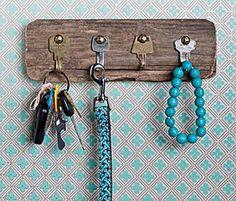 DIY Last Minute Gifts: Key Rack