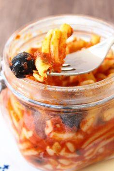 """Pomodoro & Pasta 2.0 - In Cucina con il Cuore 2016: La Trappola Golosa con """"Casarecce al sugo di olive e colatura di alici in vasocottura"""""""