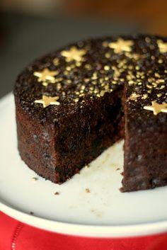 Nigellas Christmas chocolade and prune cake - a delicious cake to make ~ mayK