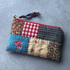Image Article – Page 164522192624495343 Fabric Wallet, Fabric Purses, Fabric Bags, Fabric Scraps, Potli Bags, Diy Bags Purses, Craft Bags, Coin Bag, Patchwork Bags