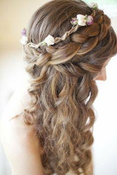 Wonderful Wavy Wedding Hairstyles