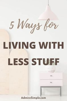 Learn how to live simply. Living with less stuff can help you save more money, have more time to relax, make your life easier, happier and less stressful. Minimalist Living Tips, Becoming Minimalist, Minimalist Kids, Declutter Your Mind, Organize Your Life, Organizing Your Home, Making Life Easier, Simple Living, Hygge
