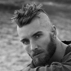 Mohawk Hairstyle For Men - Best Men's Hairstyles: Cool Haircuts For Guys Mowhawk Hairstyles, Hairstyles Haircuts, Cool Hairstyles, Hairstyle Ideas, Viking Hairstyles, Updos Hairstyle, Trendy Mens Haircuts, Cool Haircuts, Popular Haircuts