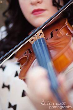 senior portraits with violin | Kaitlin Scott photography