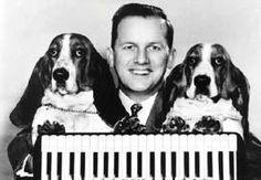 Stan Boreson and his basset hounds, Tallulah and No Mo Shun. on-air 1954-1967