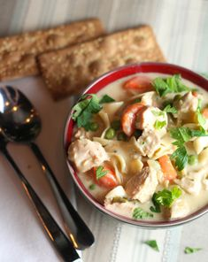 Cream Chicken or Turkey Noodle Soup. Creamy Chicken or Turkey Noodle Soup! Chowder Recipes, Chili Recipes, Soup Recipes, Chicken Recipes, Cooking Recipes, Healthy Recipes, Yummy Recipes, Healthy Soups, Yummy Food