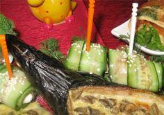 Огуречные рулетики с красной рыбкой Celery, Asparagus, Vegetables, Food, Studs, Essen, Vegetable Recipes, Meals, Yemek