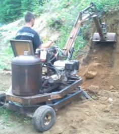 Diy Stump Grinder Beautiful Excavator by Danny Bouchard Homemade Excavator Welded – All About DIY Homemade Go Kart, Homemade Tools, Diy Tools, Garden Tool Shed, Garden Tool Storage, Small Excavator, Garden Tractor Attachments, Stump Grinder, Homemade Tractor