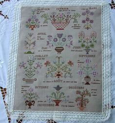 Des Fleurs toute l'année Cross Stitch Samplers, Detailed Image, Bohemian Rug, Projects To Try, Decor, Year Round Flowers, Embroidery, Silk, Lens Flare