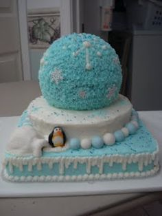 blue and white cake colors