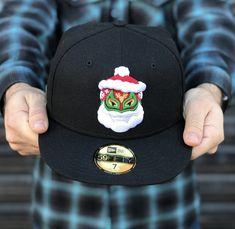 Luchador Santa Claus Hat Club