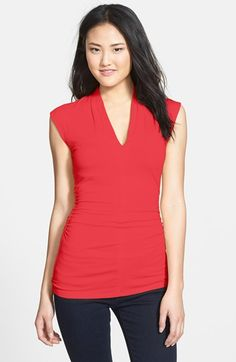 Free shipping and returns on Vince Camuto Pleat V-Neck Cap Sleeve Top at Nordstrom.com. Bright tropical color refreshes a fitted top fashioned with a pleated V-neckline, slightly capped sleeves and ruching along the sides.