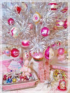 Pink Christmas Pyrex - Evie '14