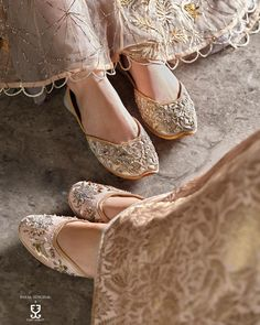 Espadrilles, Indian Shoes, Indian Designer Wear, Beautiful Shoes, Chanel Ballet Flats, Fancy, Princess Aesthetic, Queen, Wedding Shoes