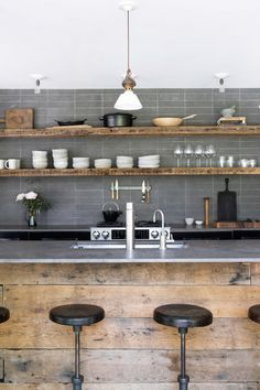 Amazing Industrial Kitchen for Your Home. There are some materials that are often used in the interior design of industrial-style kitchen, such as, concrete steel pallets, stainless steel plat. Industrial Kitchen Design, Industrial House, Rustic Kitchen, Kitchen Decor, Vintage Industrial, Industrial Stool, Kitchen Grey, Industrial Chic, Kitchen Ideas