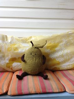 Knit pear on the balcony!