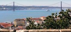 Lisboa, el perfecto city-break de otoño | Via Madridpress | 31.10.2014 - La romántica Lisboa, con sus calles adoquinadas, sus cuestas y sus miradores, es una fantástica ciudad para descubrir en otoño, cuando la nostalgia se respira en sus calles y se sienten sus populares fados. Además, durante los meses otoñales se desarrollan en la capital portuguesa diferentes iniciativas culturales. #Portugal