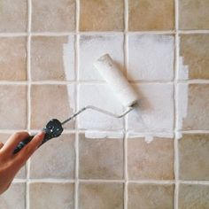 diy home decor for apartments is unquestionably important for your home. Whether you choose the bathroom demolition or diy bathroom remodel ideas, you will make the best remodeling bathroom ideas for your own life. Boho Bathroom, Laundry In Bathroom, Bathroom Ideas, Diy Interior, Interior Design Living Room, Bra Hacks, Tadelakt, Wie Macht Man, Deco Floral