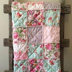 Vintage Floral Rag Quilt