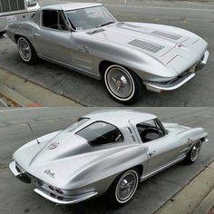 1963 Chevy corvette split-window 'Vette sent in by Muscle Cars Vintage, Vintage Cars, Antique Cars, Classic Corvette, Bmw Classic Cars, Chevy Classic, Us Cars, Sport Cars, Chevrolet Corvette Stingray
