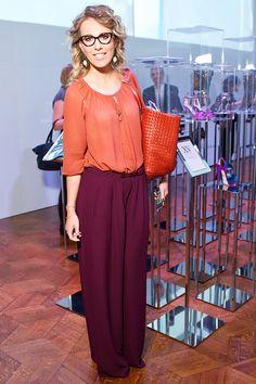 Ксении Собчак исполнилось 34. За свою карьеру телеведущая успела сменить десяток амплуа и бесчисленное количество модных нарядов. Вспоминаем самые странные, оригинальные и по-настоящему элегантные образы звезды.