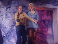 """Women, """"Star Trek,"""" and the early development of fannish vidding 