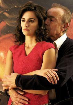 Penelope Cruz & José Luis Gómez in Broken Embraces (Pedro Almodovar)