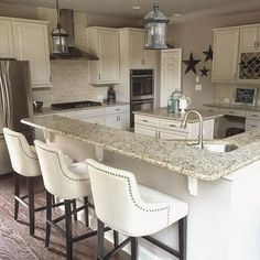 Classy Kitchen Bar Stools Addition to Your Kitchen - Home to Z Kitchen Stools, White Kitchen Cabinets, Kitchen Countertops, Kitchen White, Kitchen Backsplash, Brown Cabinets, Farm House Bar Stools, Kitchen Soffit, Marble Counters