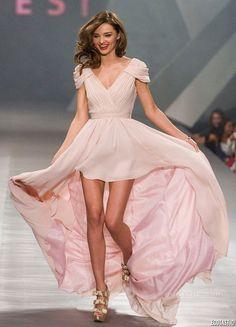 onu-kisa-arkasi-uzun-elbise-modelleri10
