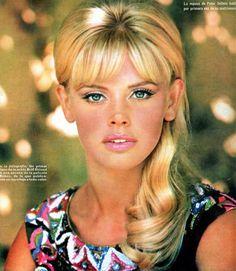 Vintage Glamour, Vintage Beauty, Britt Ekland, 1960s Hair, Patti Hansen, Divas, Lauren Hutton, Bond Girls, Vintage Hairstyles