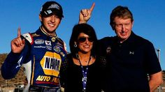 Chase Elliott, 18, clinches Nationwide title to become NASCAR's youngest champion - ESPN