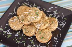Garlic Quinoa Bites: Wonder if this would satisfy my craving for garlic bread...sounds yummy!
