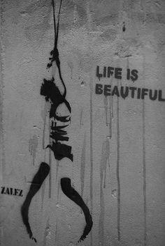 Life is beautiful by Alexandre Dulaunoy