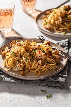 Easy Pasta Recipes, Spaghetti Recipes, Vegan Recipes Easy, Sauce Recipes, Vegetarian Recipes, Yummy Recipes, Dinner Recipes, Dairy Free Sauces, Vegan Bolognese