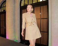 Amanda in einem Kostüm von Leibschneider - erhältlich im FAIR QUEEN Online Shop