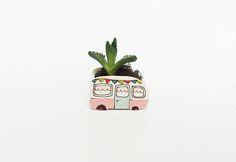 Hey, j'ai trouvé ce super article sur Etsy, chez https://www.etsy.com/ca-fr/listing/538177498/mini-vase-caravane-vintage-pour-plantes
