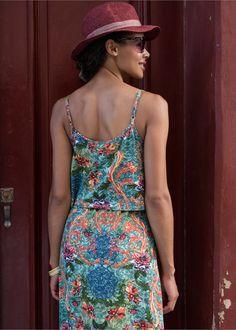 3fdc466d82 As 9 melhores imagens em Vestido em look Scuba azul branco ...