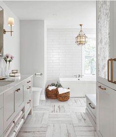 Small Master Bathroom Remodel Ideas (66)