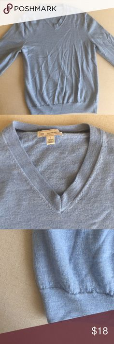 Gap Men's extra fine merino wool sweater L Blue Really soft sweater GAP Sweaters V-Neck