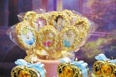 pirulitos de biscoito princesas