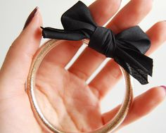 diy: Vinyl Tube Bracelet