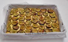 Prajitura cu prune(sau alte fructe) si bezea - Bunătăți din bucătăria Gicuței Muffin, Breakfast, Food, Kuchen, Morning Coffee, Essen, Muffins, Meals, Cupcakes