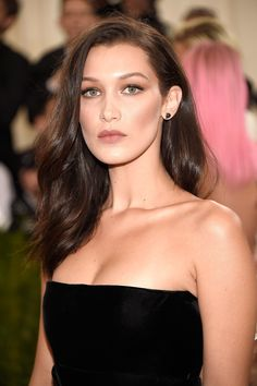 Bella Hadid Shows You the Easiest Way to Fake Bangs