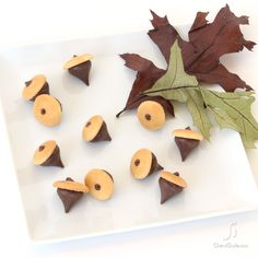Nilla wafer acorn cookie treats- so simple and cute!