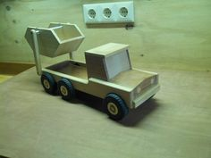 e Container Truck, Wooden Toys, Wood Crafts, Car, Wooden Toys For Kids, Cars, Wooden Toy Plans, Automobile, Wood Turning