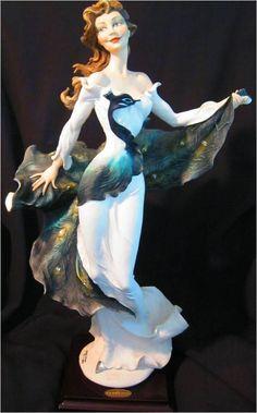 1973 Florence Italian Giuseppe Armani Figurine Lady Wynne