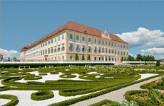Schloss Hof Estate opens for guests again from May 2020 onwards! SCHLOSS HOF ESTATEEnter into the fascinating world of the Baroque era and thrill to the beauty of Prince Eugene's country seat in Marchfeld! Austria, Lichtenstein Castle, Heart Of Europe, Summer Travel, Palace, In This Moment, Explore, Mansions, World